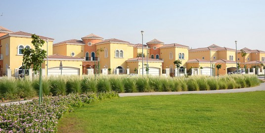 5Br w/ Community View For Rent (Jumeirah Park)