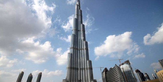 Sea View Apt in Burj Khalifa For Rent!!